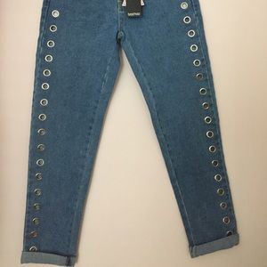 Boohoo Jeans - Boohoo Eyelet Mom Jeans